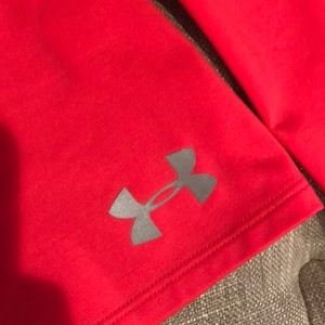 Under Armour Shirts & Tops - Girls Under Armour Cold Gear Top